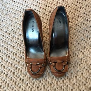 Authentic Tan Guess pumps size 7
